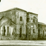 1988 год. Церковь перед ремонтом. Фасад от ул. Кирова(Детская площадка)
